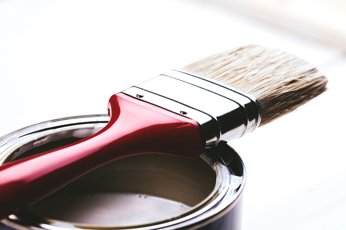 Selecting the right varnish for your painting
